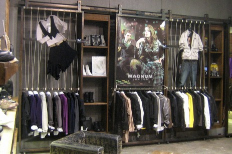 image poster in-store display VMD, F/W 2008 collection in Shenzhen shop | British Fashion Retail Brand – Magnum London :: graphical visual merchandising