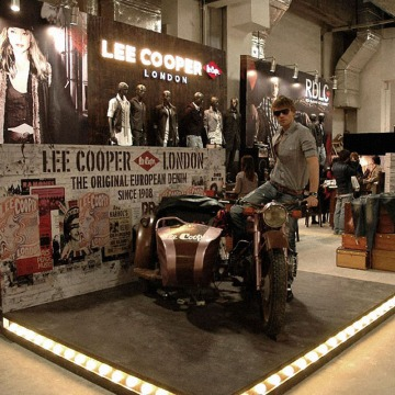 feature picture | British Fashion Denim Retail Brand – Lee Cooper in China :: 2010 Novo Mania fashion trade show