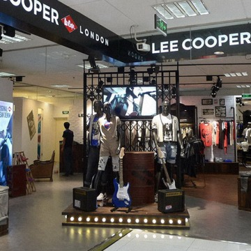 Lee Cooper Retail Store in China :: 2010/04 Beijing LaVita shop-in-shop