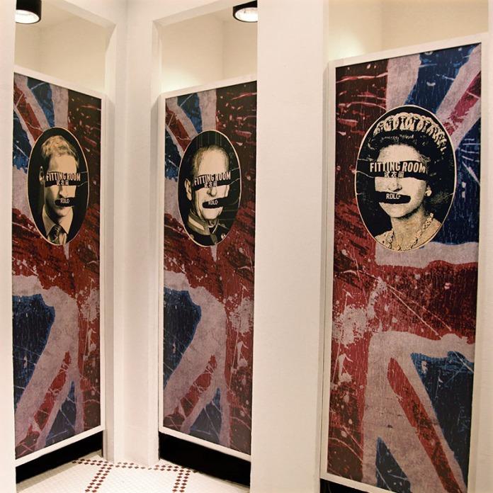 door graphics on changing room's doors, emphasis on British heritage | Lee Cooper retailing in China :: all stores Visual Merchandising & Graphic Design
