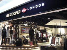shop front, bulkhead, stage concept inspired lighting mirror ball window display | British Fashion Denim Retail Brand - Lee Cooper in China :: Fujian Shishi store retail design