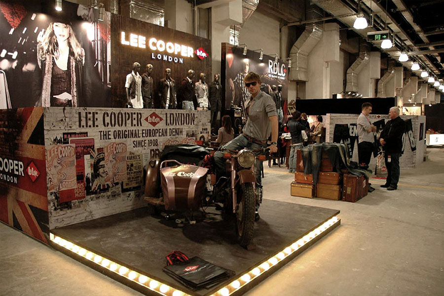 highlights scene, hired model sitting on Lee Cooper's sidecar-bike, in 2010 Novo Mania Shanghai   British Fashion Denim Retail Brand - Lee Cooper in China :: retailing trade show and fabrication management
