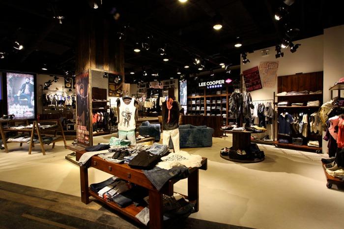 Lee Cooper Sanlitun Flagship Store in Beijing :: Lee Cooper London Collection Zone