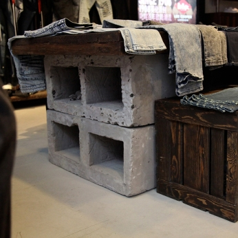 made concrete base on vintage display table | Lee Cooper in China :: fixture and furniture for flagship store