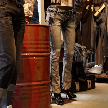 black bottom-half female mannequin with jeans on | Lee Cooper in China :: retailing design and visual merchandising all shops props