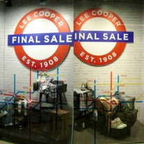window display, sticker graphics of subway route map, final sale identity used in fall/winter or spring/summer seasonal sales, imitating a British subway tube logo | British Fashion Denim Retail Brand – Lee Cooper in China :: retail design and retailing graphics