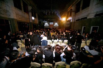 fashion show venue guests all black dressing code, dining area, catwalk stage | British Fashion Retail Brand – Magnum London :: China premiere fashion show 2007