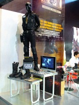 trade show booth design display mannequin styling in military style adhoc event VMD | British Tactical Apparel Wholesale Brand – Magnum Essential Equipment :: branding