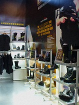 trade show booth design shoes boots VMD display shelf | British Tactical Apparel Wholesale Brand – Magnum Essential Equipment :: branding
