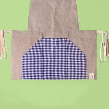 feature picture, accessories merchandising, styling, uniform design, apron, blue white gingham check, zakka | Art Space with Vegetarian Café in Hong Kong : : Retail Identity and Zakka Creation